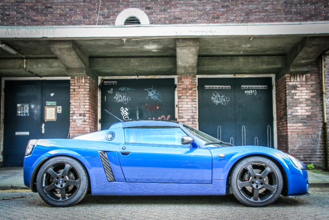 Opel Speedster reaches for the stars